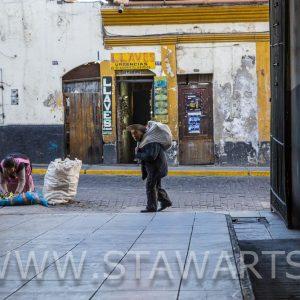 _E3A5307_Peru_Arequipa_San Camillo_alter Mann